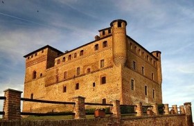 Grinzane Cavour Castle 280x182 The Piedmontese Regional Enoteca at Grinzane Cavour Castle